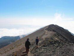 1-Day Mount Meru Hike in Arusha